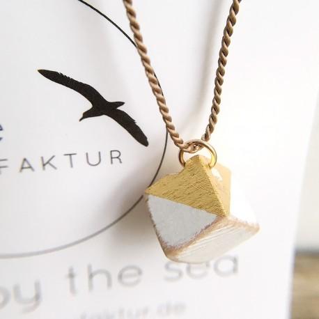 Kvadra · Treibholzkette in gold
