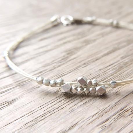 Søra · Armband in silber und natur