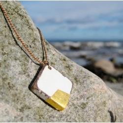 Linga · Treibholzkette in gold